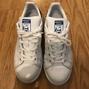 Used kid's Adidas Stan Smith sneakers Size 3 1/2